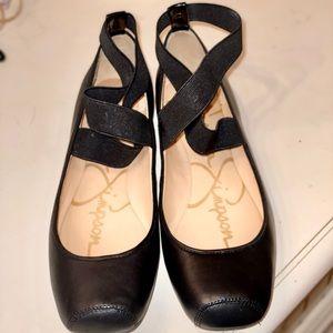 Jessica Simpson Black Ballet Flats